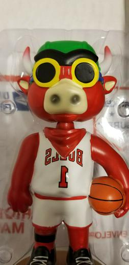 chicago bulls benny the bull hebru brantley
