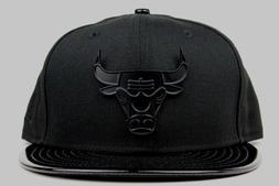 Chicago Bulls Black Metal Patent Leather Cap Gown New Era 9F