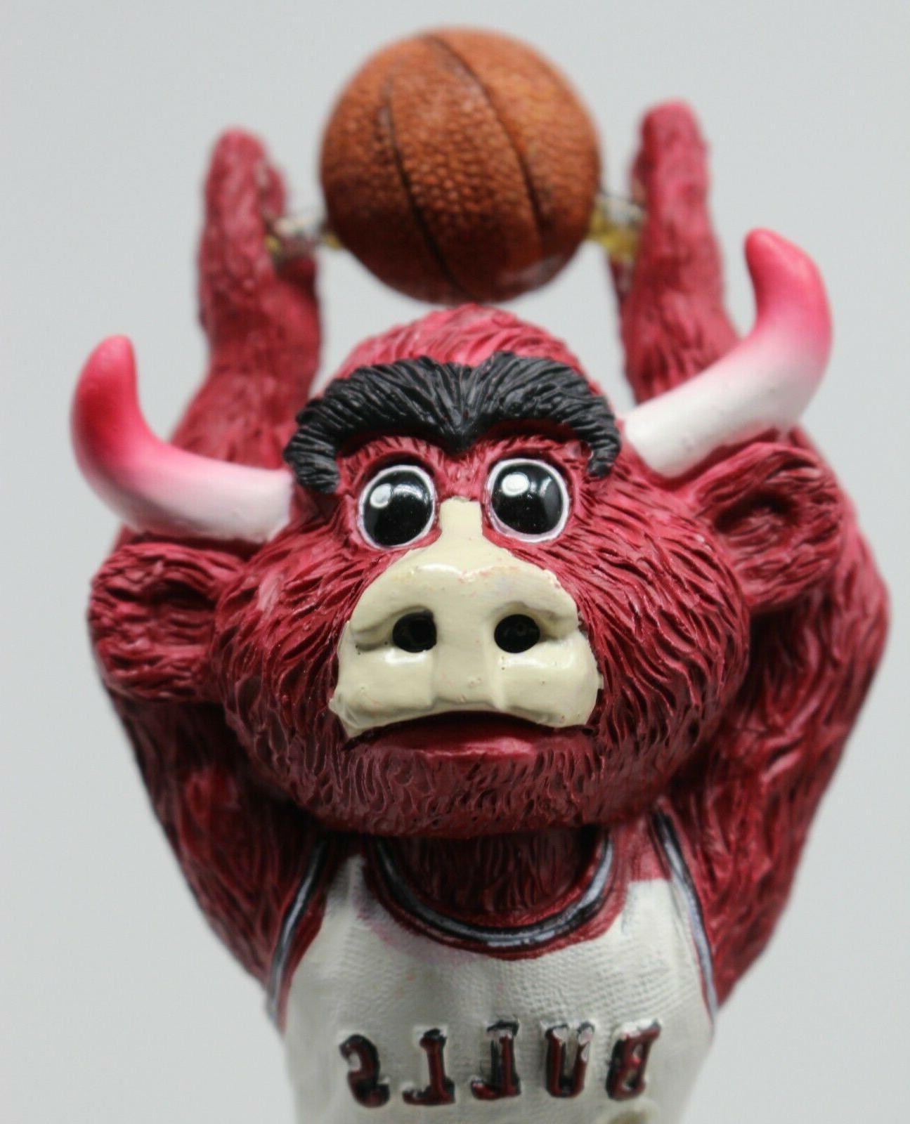Bulls NBA NIB SGA Box Dunking