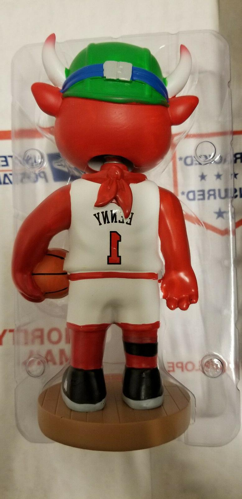 Chicago Bulls Benny-the-Bull *-* _