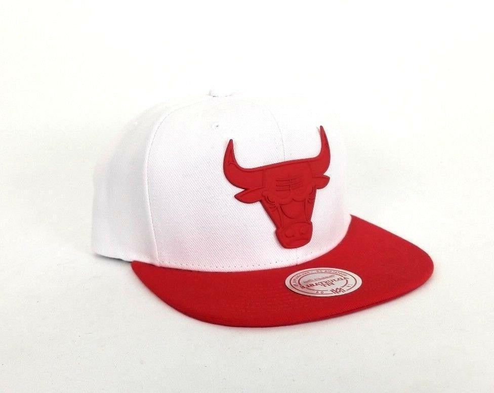 Mitchell Ness White / Red Logo Chicago
