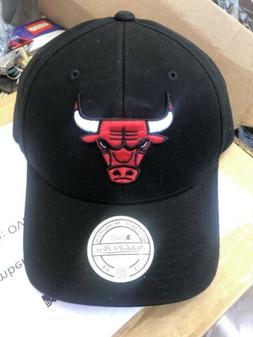 Mitchell & Ness Chicago Bulls Snapback Hat Cap Black/red