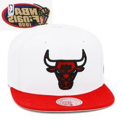 Mitchell & Ness Chicago Bulls Snapback Hat Cap White/Red/NBA