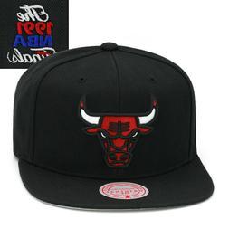 Mitchell & Ness Chicago Bulls Snapback Hat Cap Black/NBA Fin