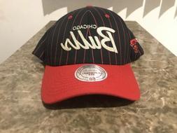Mitchell & Ness NBA Chicago Bulls Black /Red pinstripe snapb