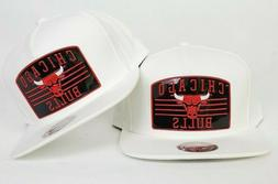 Mitchell & Ness White Chicago Bulls snapback hat