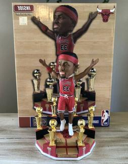 SCOTTIE PIPPEN Chicago Bulls 6x NBA Champion Trophy Bobblehe