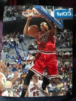 TYRUS THOMAS SIGNED PHOTO CHICAGO BULLS 8 X 10 BASKETBALL PH